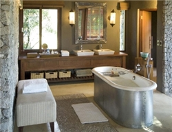 Leadwood Game Lodge Suite